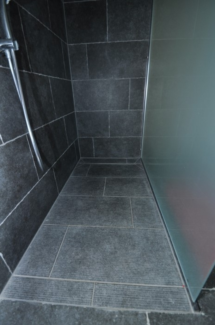 Vloerenvangeersdaelebe inloopdouche fotos - Fotos italiaanse douche ontwerp ...